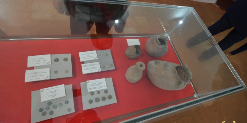 ancient taino pottery exhibit
