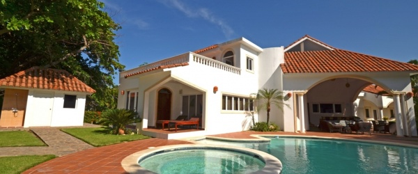 beautiful villa by the beach
